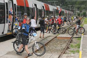 Sonderzug zum Start in Obertraun und Bad Ischl (Foto: Rudi Knoll)