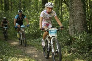 Lucií Vláškovou - Salzkammergut Trophy 2013 – Strecke C (Foto: sportograf.de)
