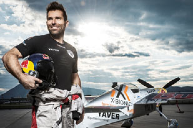 Hannes Arch Airshow (Foto: Samo Vidic / Red Bull Content Pool