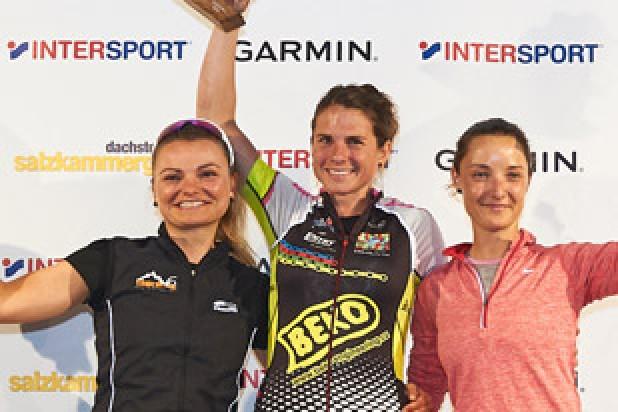 Denisa Skrbková (1. Platz), Sabine Söllinger (2. Platz) und Zuzana Palúchová (3. Platz) - Sieger Salzkammergut Trophy 2018 - W20 Strecke A (Foto: Martin Bihounek)