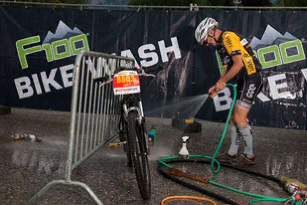 F100 Bike Wash (Foto: Marc Schwarz)