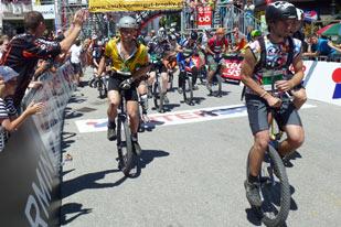 22 km: U17 und Einradfahrer mit tollen Leistungen
