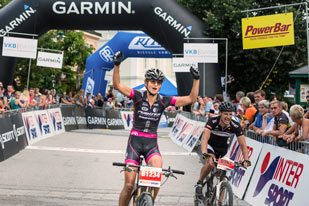 Barbara Mayer - Siegerin Strecke B Salzkammergut Trophy 2015 (Foto: Marc Schwarz)