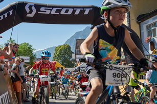 SCOTT Junior Trophy 2016 - Start U9 (Foto: Martin Bihounek)