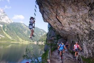 Klettern und Biken am Gosausee (Foto: Haiden Erwin)