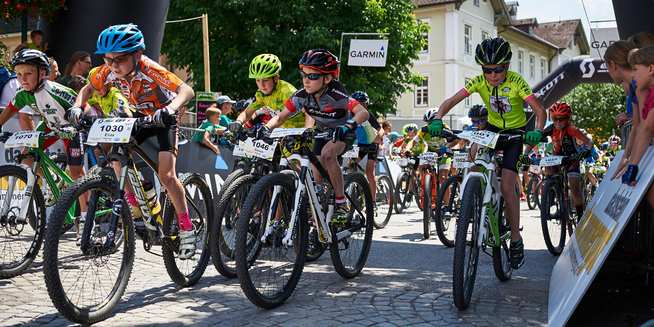 Salzkammergut Mountainbike Trophy - Junior Trophy Start (Foto: Martin Bihounek)