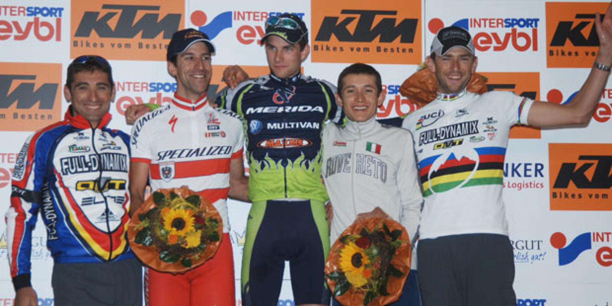 Mauro Bettin (ITA), Alban Lakata (AUT), Moritz Milatz (GER), Leonardo Paez (COL), Massimo de Bertolis (ITA) - 2005 UCI Mountain Bike Marathon World Cup - (Foto: Armin Küstenbrück - Salzkammergut Trophy)