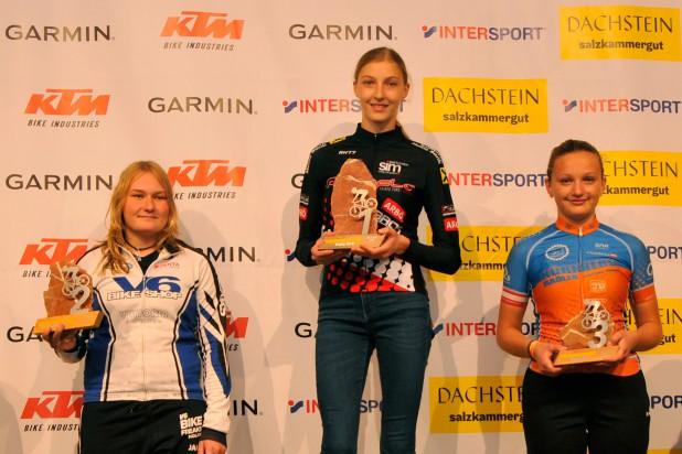 Clara Sommer (1. Platz), Lucie Hendrychová (2. Platz) und Julia Gruber (3. Platz) - Sieger Salzkammergut Trophy 2019 - Strecke G (Foto: Rudi Knoll)
