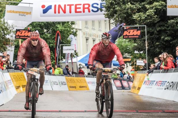 László Várallyai (HUN) - 21. Platz M40 Strecke A und Zsolt Timár (HUN) - 28. Platz M30 Strecke A - Salzkammergut Trophy 2019 (Foto: sportograf.de)