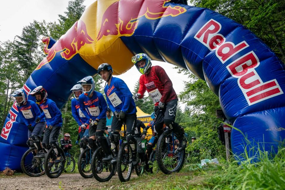 Salzkammergut Trophy 2019 - Start Einrad Downhill (Foto: Christoph Oberschneider)