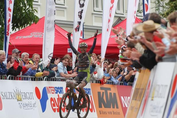 Gunn Rita Dahle (NOR) - Marathon Weltmeisterin Salzkammergut Trophy 2004 (Foto: Armin Küstenbrück)