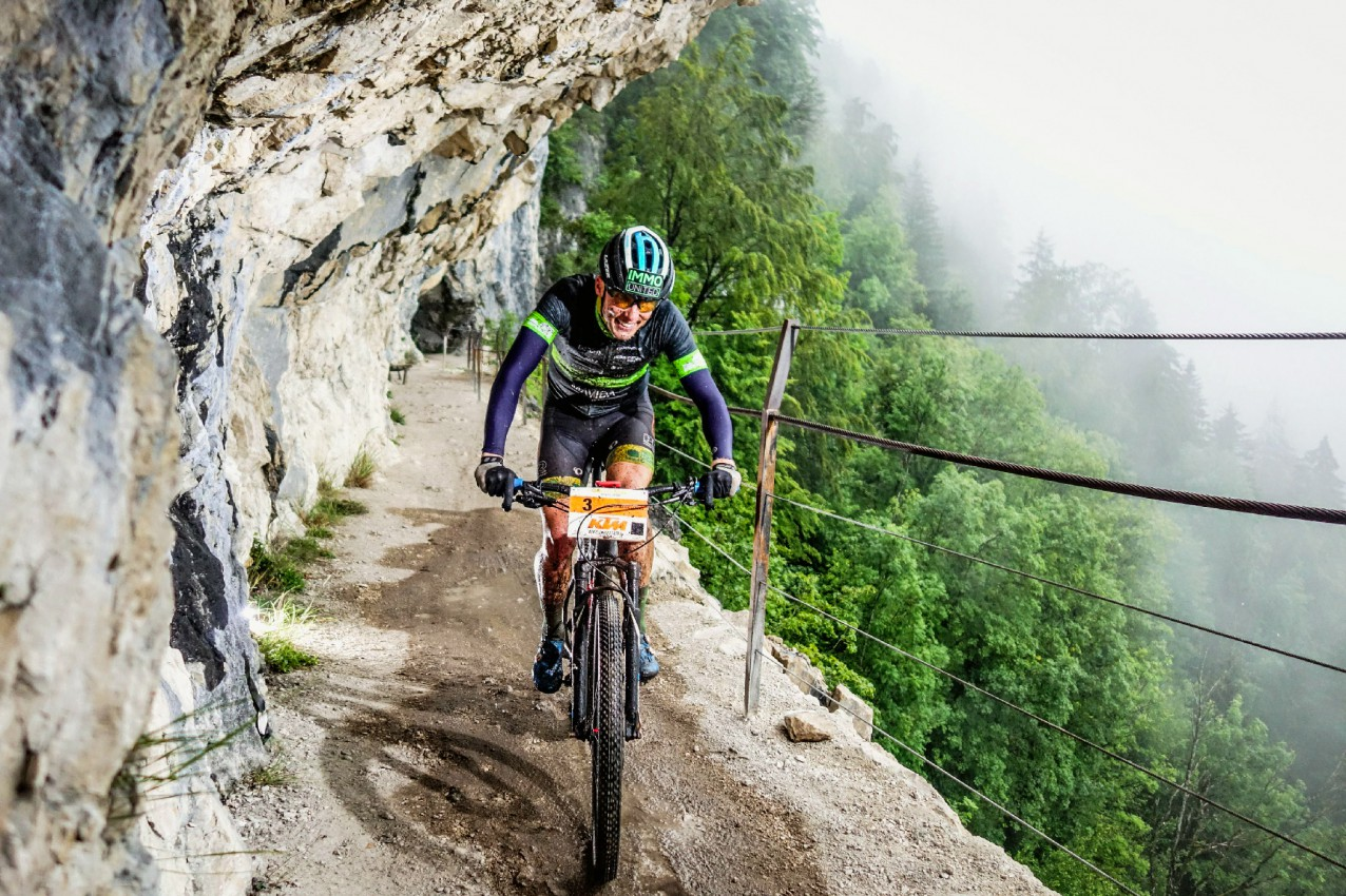 Lukas Kaufmann (AUT) - Salzkammergut Trophy 2020 - Ewige Wand (Foto: sportograf.de)